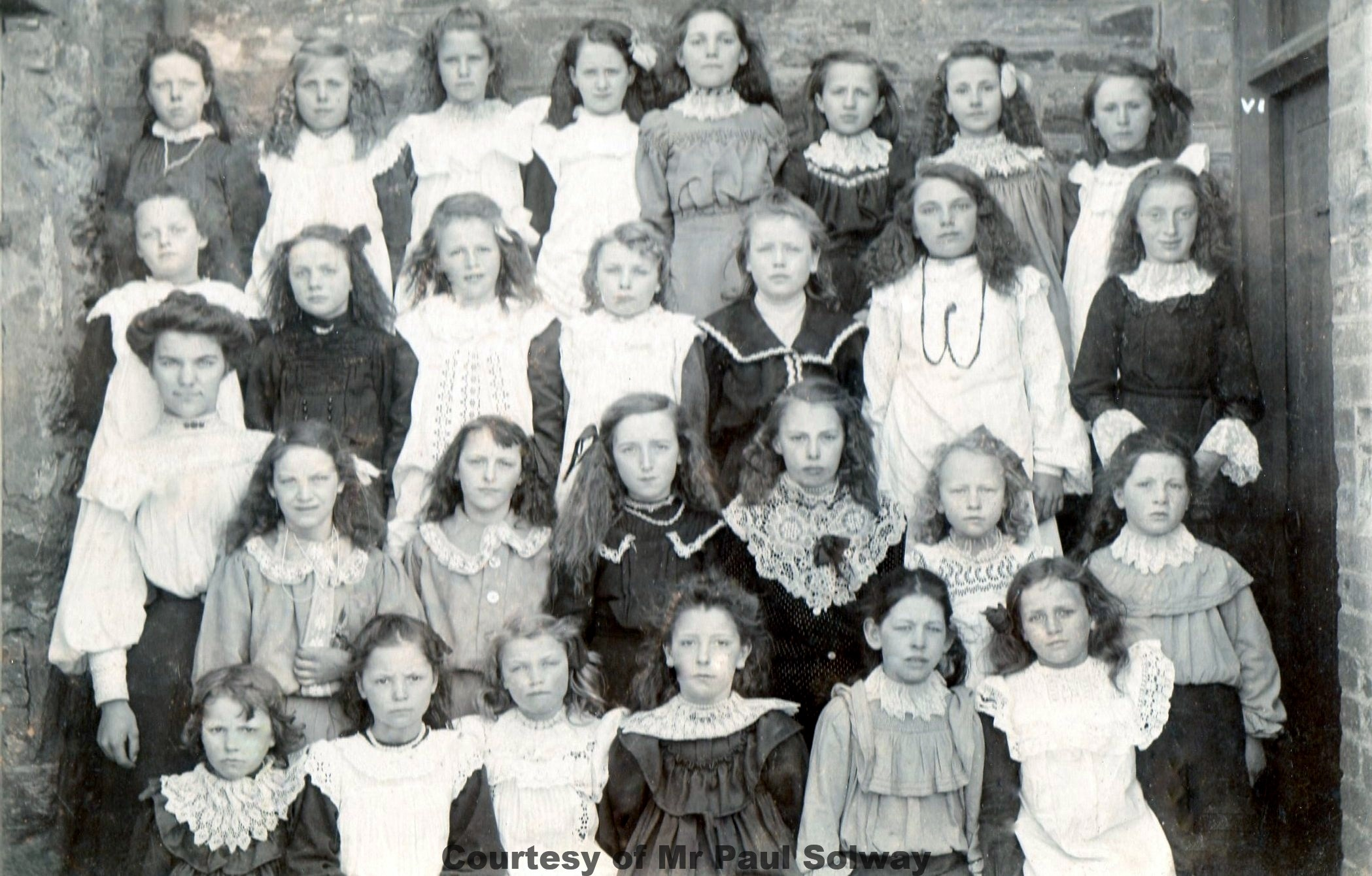 Goonhavern School Classes - Circa 1915-17